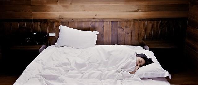 óleos essenciais para dormir bem